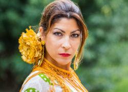 ¿Porqué las flamencas ponen cara de enfadadas cuando bailan?